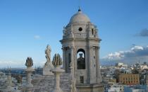 Vue d'une tour de la cathédrale